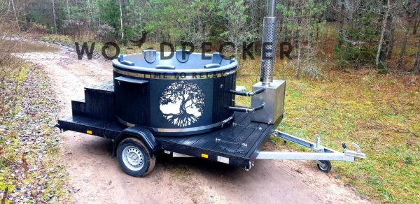 Hot tub on the trailer